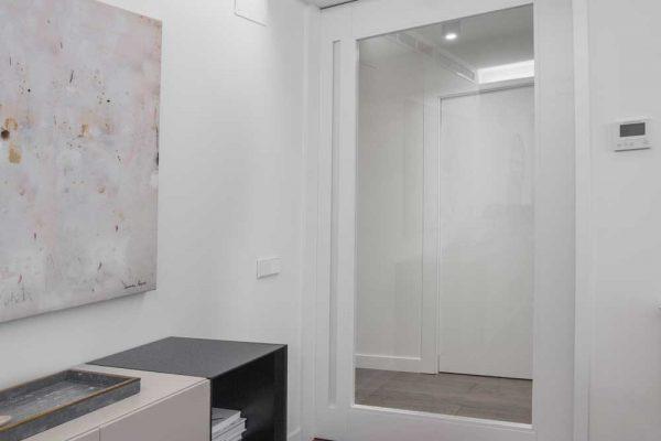 Puerta-salon