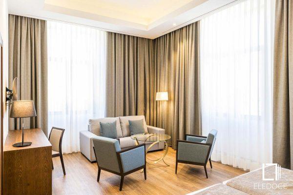 24 Hotel Huerfanos Infanta Cristina Madrid